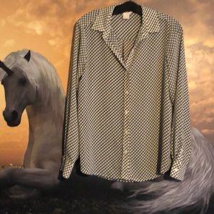 Lightweight dressy shirt